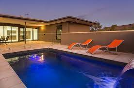 CHOOSING THE RIGHT POOL BUILDER FOR THE JOB